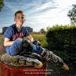 Familiefotografie, stoer kinderportret door Fotograaf Rob de Joode uit Epe