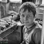 Mensen op straat: Jongen